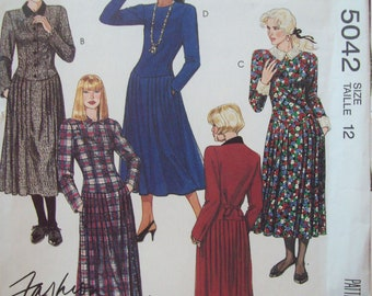 Dropped Waist Dress with Collar Variations McCalls Pattern 5042 Size 12 Uncut Factory Fold