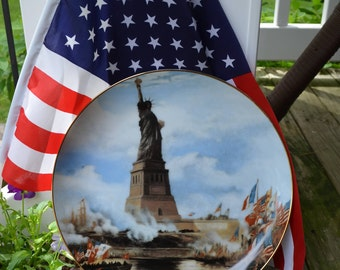 Statue of Liberty Hanging Plate