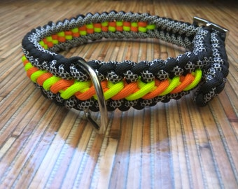 Collar for dogs paracord cord