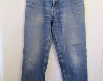 Men's,GRUNGED Vintage 90's,Faded Blue RELAXED Fit Work Type Jeans by CABELA'S.33x34