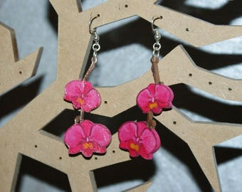Pink Orchid earrings made of wood