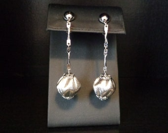 Sarah Coventry Silver Tone Dangle Bead Clip On Earrings - Vintage