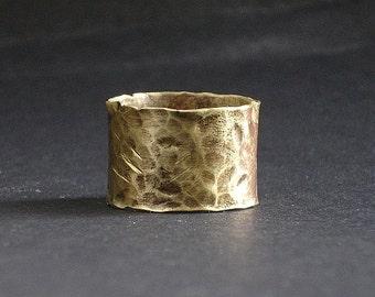 Rough steampunk ring brass