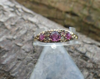 Sparkling 9ct Yellow Gold Ruby Diamond Trilogy Eternity Ring