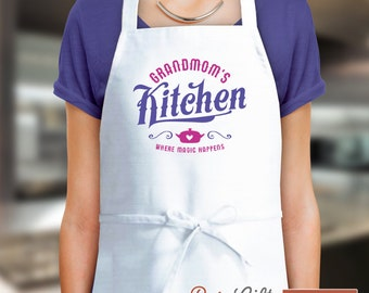 Grandmom Gift, Birthday Gift For Grandmom! Funny Apron, Keep Clam, Grandmom's In The Kitchen, Awesome Grandmom, Personalized Grandmom Gift.