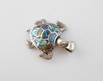 Balinese Sterling Silver abalone shell Turtle Pendant / silver 925 / Bali handmade jewelry / Longevity symbol / (#125m)