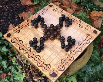 Tawlbwrdd: Welsh Hnefatafl Game variant, Traditional Historical Wooden Board Game, handcrafted & customizable - Viking Tafl - MADE TO ORDER