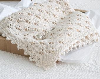 Pattern for Knit Cloverleaf Eyelet Baby Blanket with Crochet Cloverleaf Border