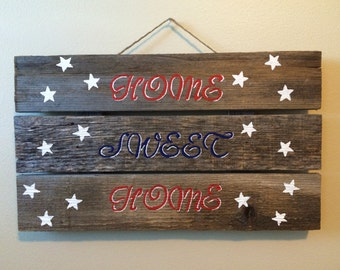 """Wood Pallet """"Home Sweet Home"""" Sign"""
