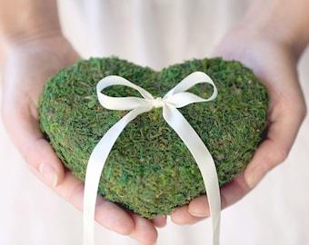 Wedding moss ring pillow Heart