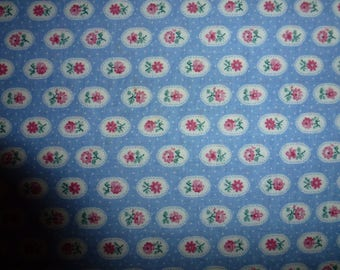 """31"""" of Quality Quilt Cotton Fabric with Roses Motif a V.I.P. Screen Print by Cranston Print Works"""