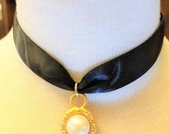 25% OFF SALE Black Satin Ribbon Round Gold Tone Pendant  Faux Pearl Choker Necklace 2