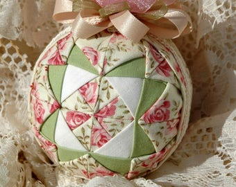 Quilt Block Style Quilted Ornament E-Book Tutorial