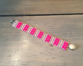Coral and pink beaded bracelet