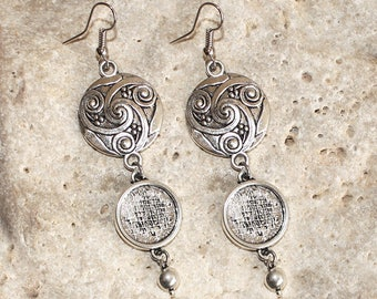 medium round cabochon 14 mm silver color earrings