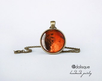 Planet Mars Necklace Mars Pendant Red Planet Jewelry Birthday Gift Astronomy Outer Space Planet Jewelry Bronze CB84