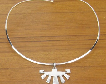 Sterling Silver Necklace pendant vintage Mexican collar jewelry 925 Hecho en Mexico