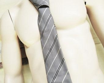 Vintage Pierre Cardin Necktie. Vintage Menswear. Vintage Tie. Vintage Mens Accesories. Stripe Tie. Vintage Ties. Polyester Tie. Metal Grey