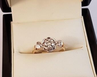 18ct Yellow Gold Diamond Ring Size M