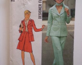 70s pantsuit / Suit Jacket / button down / 70s / 1970s suit / office wear / vintage 1973 sewing pattern, Size 10, Bust 32, Simplicity 6175