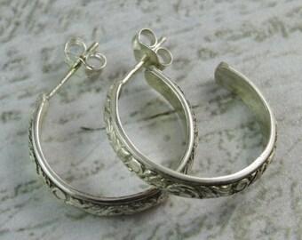 Sterling Silver Floral Pattern Wire Hoop Earrings
