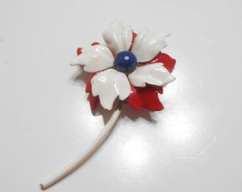 Vintage Red, White & Blue Enamel Flower Brooch (2943)