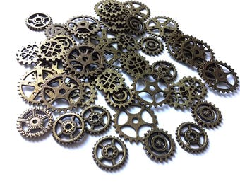 50pcs Mixed Steampunk Gears  Antique Bronze Charms Pendants 15 to 25mm