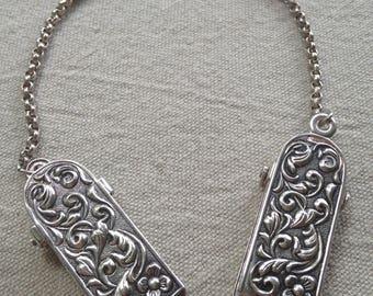 Silver Fur Collar Clips