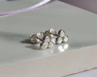 Dotty Triangle Silver Stud Earrings - Sterling Silver Dainty Minimalist Studs - Handmade Recycled Silver Geometric Earrings - Etsy UK