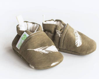 Organic Knits Vegan Feathers in Mahogany / All Fabric Soft Sole Baby Shoes / Made to Order