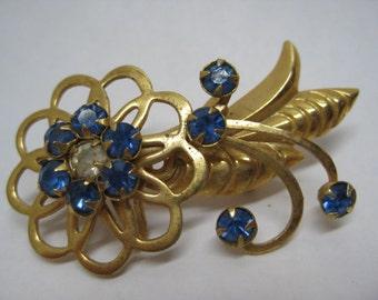 Flower Blue Gold Brooch Rhinestone Vintage Pin