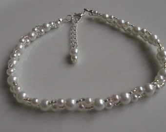 White pearl anklet, ankle bracelet, stretch anklet, beaded anklet, beach anklet, beach jewellery, bridal anklet, bridal jewellery