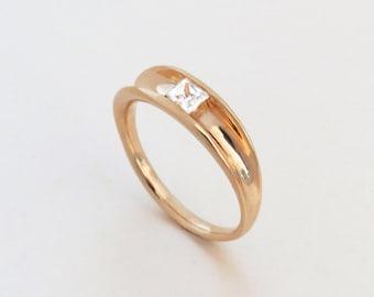 White Topaz engagement Ring - Princess engagement Ring, modern,minimalist, Unique engagement ring, Solitaire Ring, 14k rose gold topaz ring.