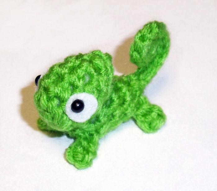 Crochet Pattern Mini Green Chameleon Plushie English Only