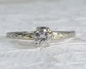 Vintage 14K 0.31 Carat VS1, F Diamond Solitaire Engagement Ring with Engraved Band Size 6