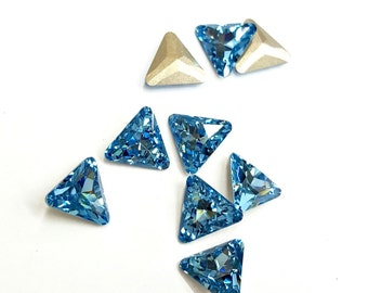 12 Pieces Aquamarine Swarovski Triangle Stones, Article #4722, Vintage, 10mm
