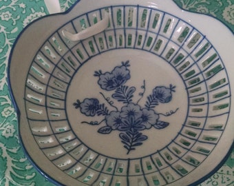 Blue and white decorative plate/wall hanging/asian vibe