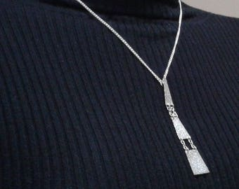A Beautiful Sterling Silver Pendant for the Ladies.