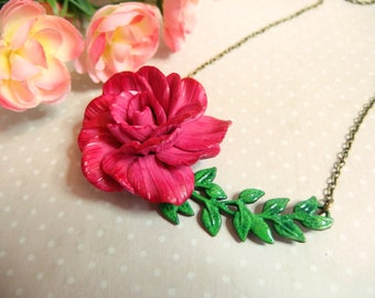 Leaf necklace connector and its beautiful flower rose / flower necklace