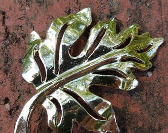 Vintage Leaf Brooch Pin Silver Fall Autumn
