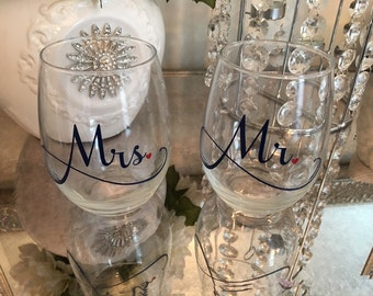 Mr and Mrs stemless wine glasses