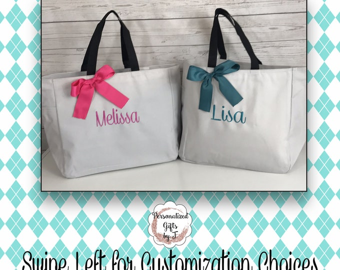 4 Personalized Bridesmaid Gift Tote Bags, Embroidered Tote, Monogrammed Tote, Bridal Party Gift, Bridesmaids Gifts, Wedding Day Tote Bag