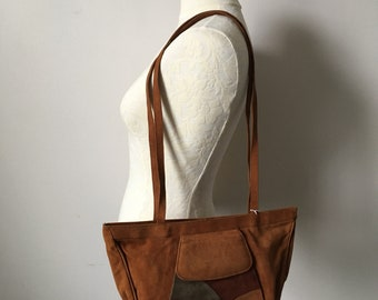 Vintage 70s, 1970s faux suede shoulder bag, small tote bag, boho, hippy, brown suede purse