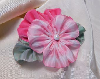 Perky Pink Pansy Brooch Ribbon Flower