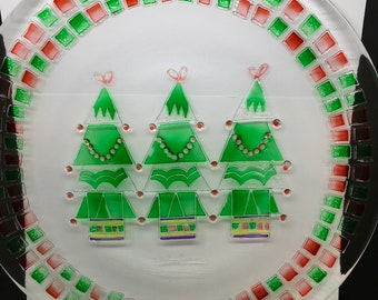 Plate Platter or Serving Dish Christmas Round Hand Painted Neiman Marcus 2001 Kitchen Decor Table Decor Centerpiece Gift Idea Country Decor
