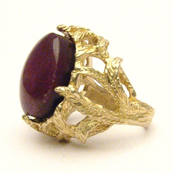 Handmade 14kt Gold Ruby Cabochon Cab Claw Ring