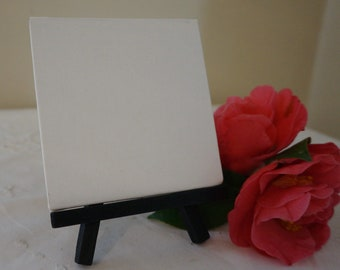 Small Wood Table Top Easel & Blank Canvas / 4 x 4 inches