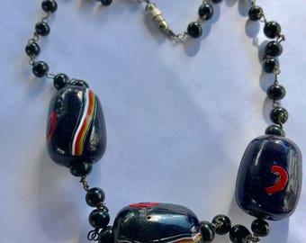 Vintage Chunky Art Deco Hand Crafted Art Glass Bead Necklace