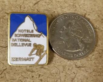 Vintage enamel skiing pin/badge from Zermatt, Switzerland