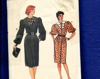 1980s Vogue 8797 Retro Front Button Dress with Puff Sleeves Size 12..14...16